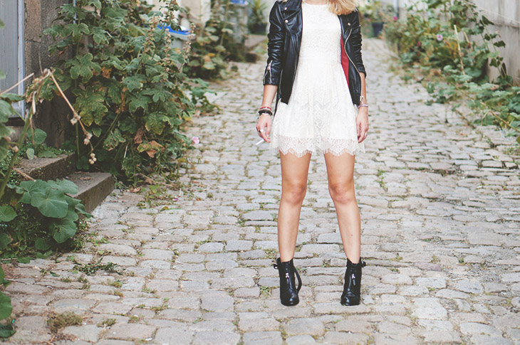 1_look_blog_mode_perfecto_vintage_cuir_robe_dentelle_boohoo_boots_noires