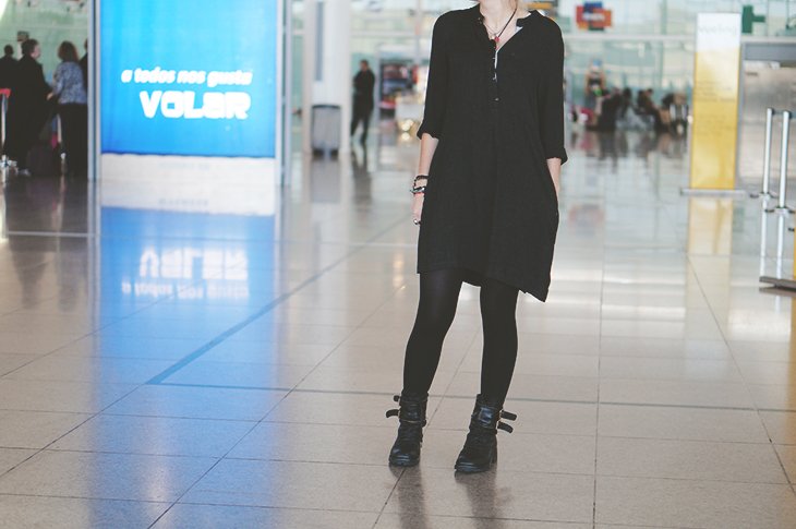 1_look_blog_mode_barcelone_robe_zara_boots_motardes_jonak