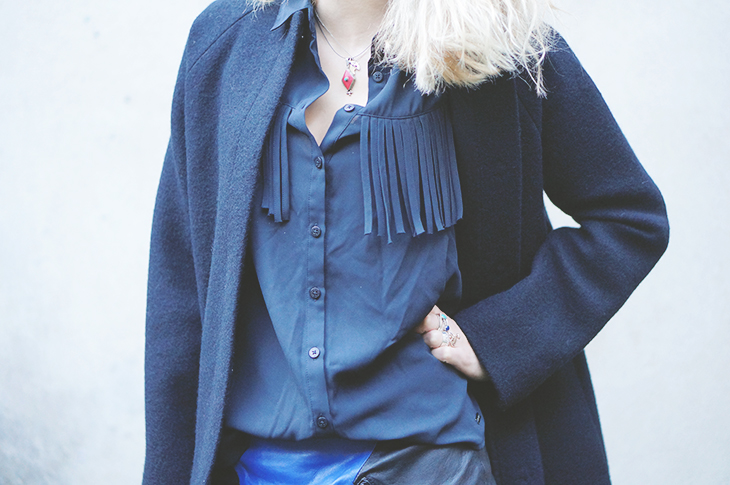 6_look_blog_mode_manteau_laine_cos_jupe_cuir_yas_sac_espritcuir_boots_see_by_chloe