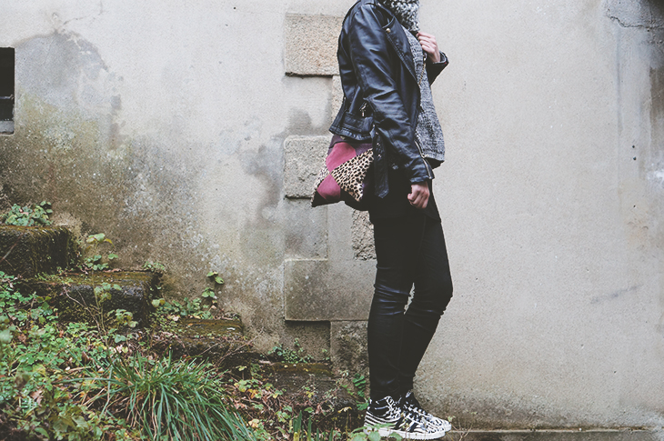 6_look_blog_mode_legging_cuir_shine_blossom_adidas_top_ten_zebre_sac_mohekann
