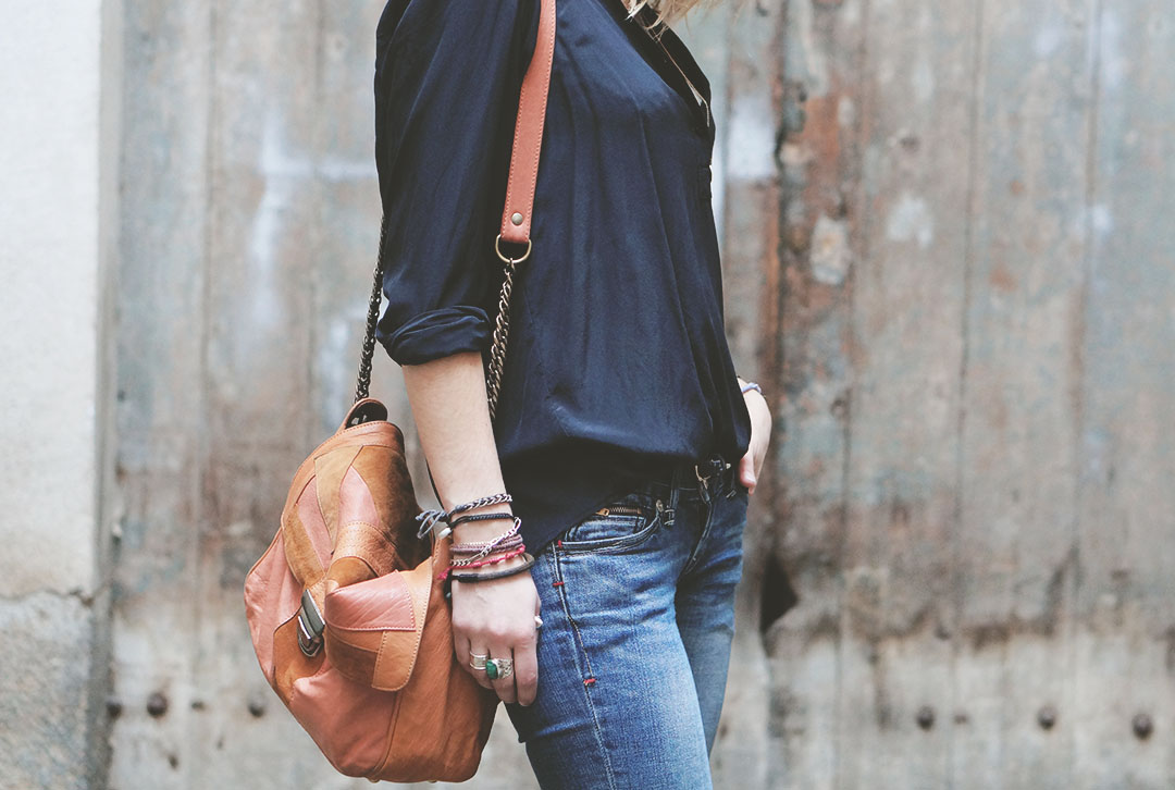 3_look_blog_mode_sac_charlie_heimstone_boots_pistol_acne_blouse_soie_zara