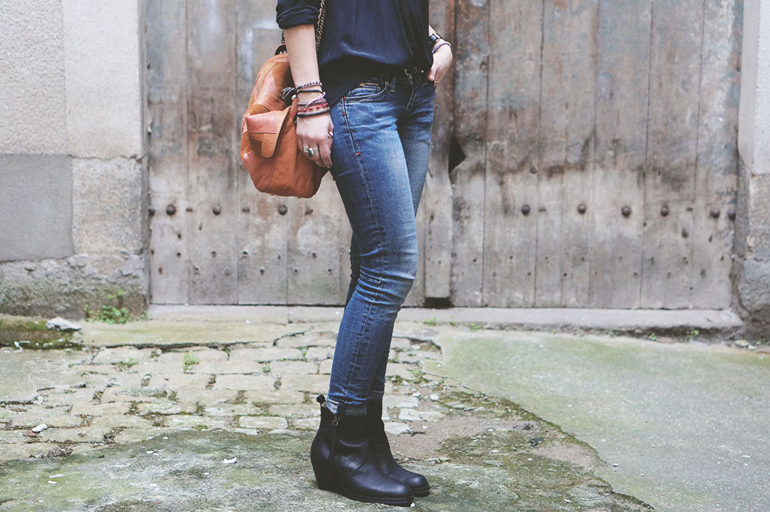 4_look_blog_mode_sac_charlie_heimstone_boots_pistol_acne_blouse_soie_zara