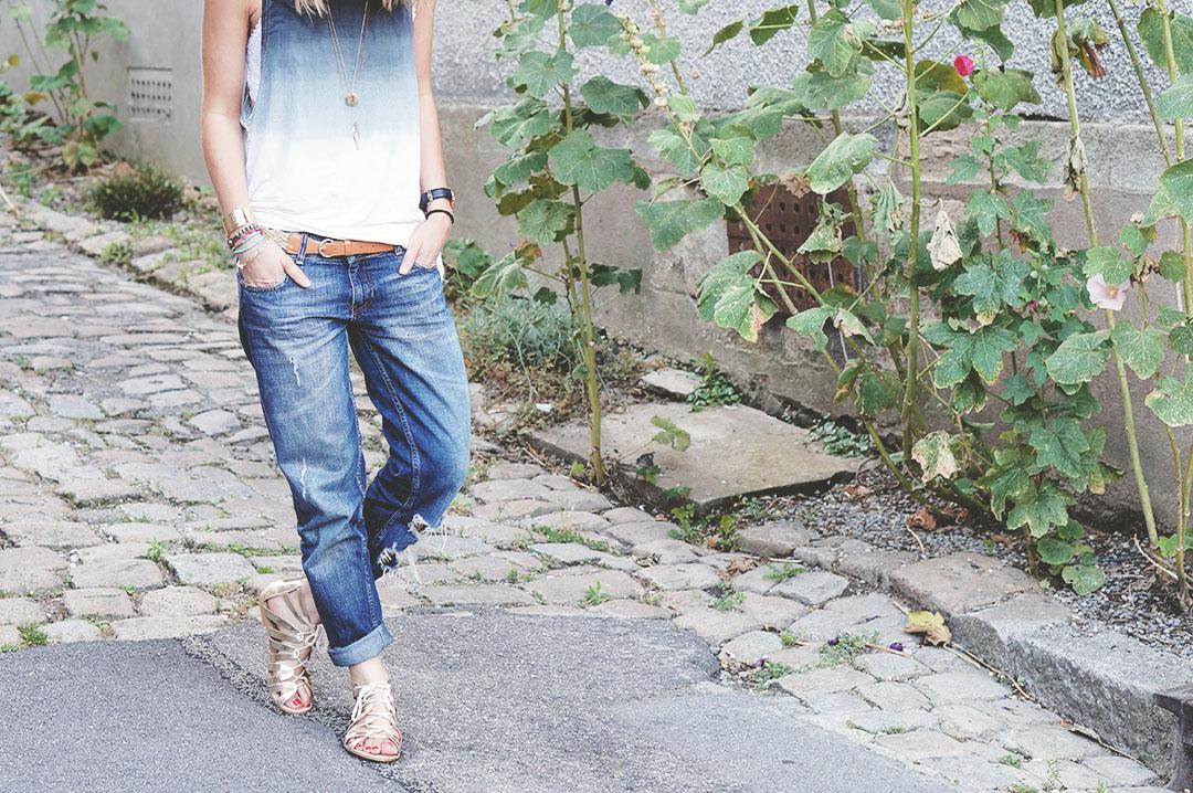 3_look_blog_mode_top_sheinside_jean_zara_sandales_dorees_stradivarius