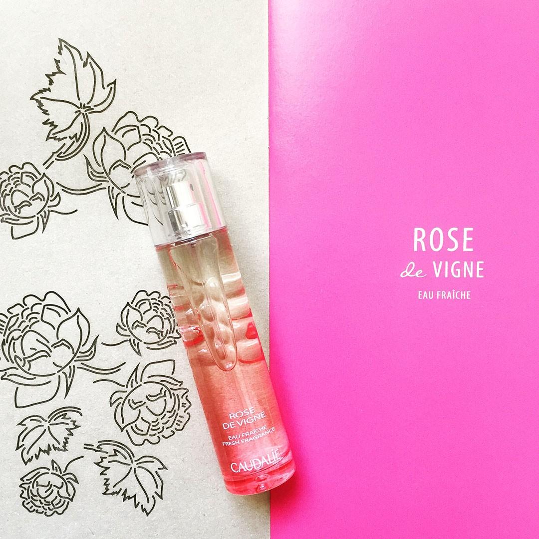 1_eau_fraiche_rose_vigne_caudalie