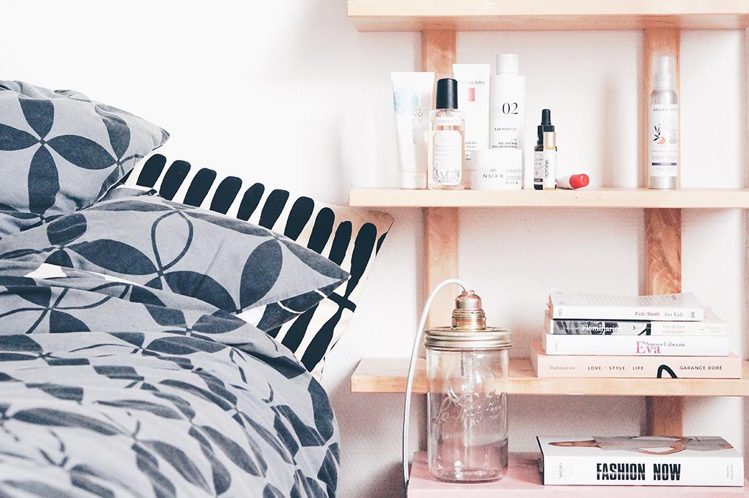 ce fut une semaine fascinante 225 l 39 autruche nantaise. Black Bedroom Furniture Sets. Home Design Ideas