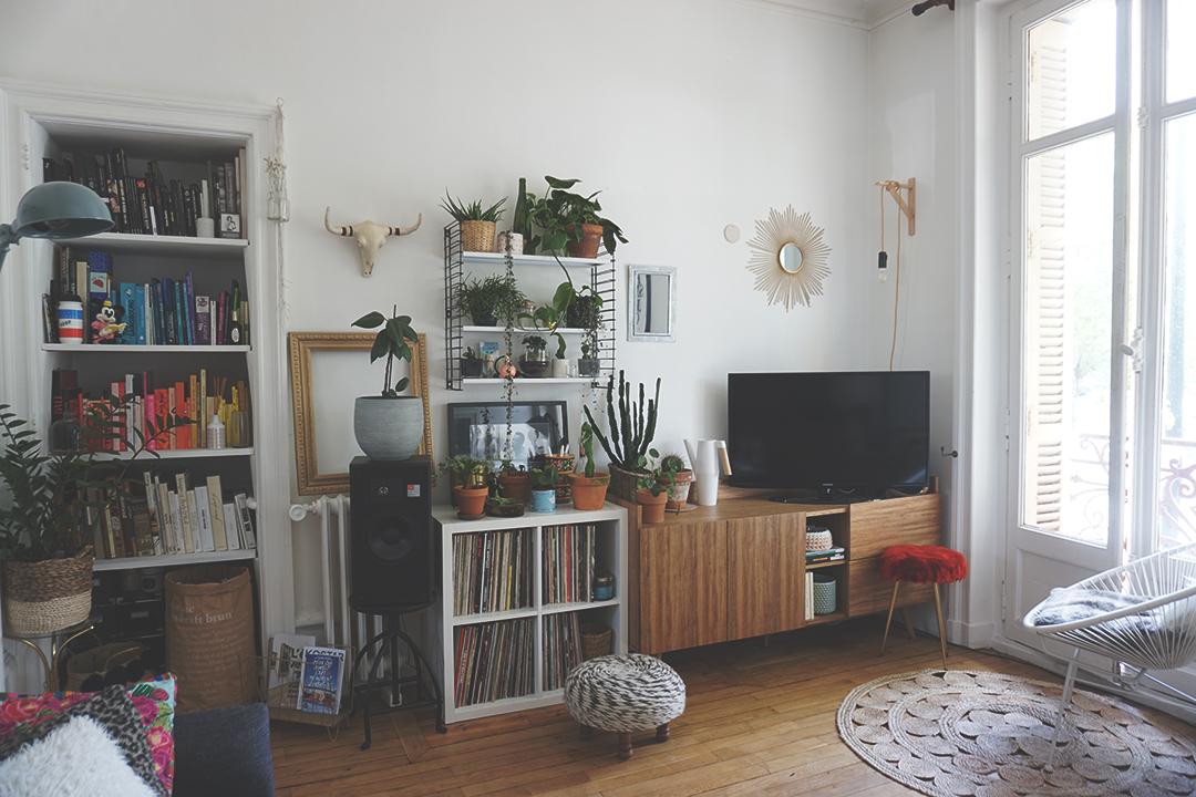 room tour mon salon 1 l 39 autruche nantaise. Black Bedroom Furniture Sets. Home Design Ideas
